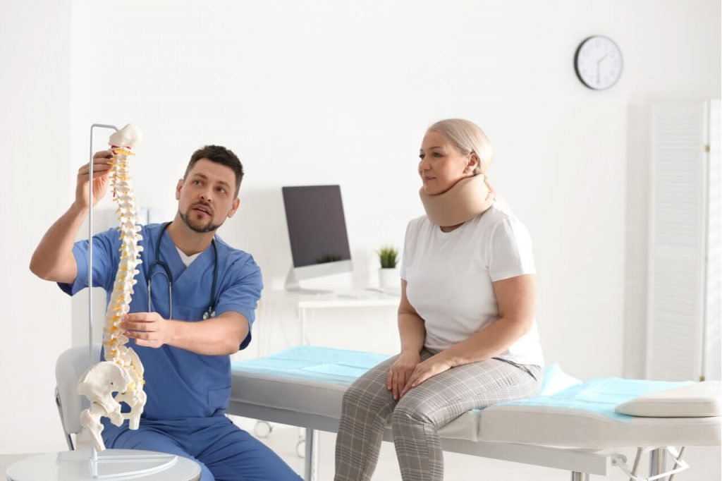 What Are The Factors When Choosing Orthopaedic Doctors Near Me